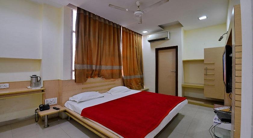 Hotel Manpreet in Bhopal