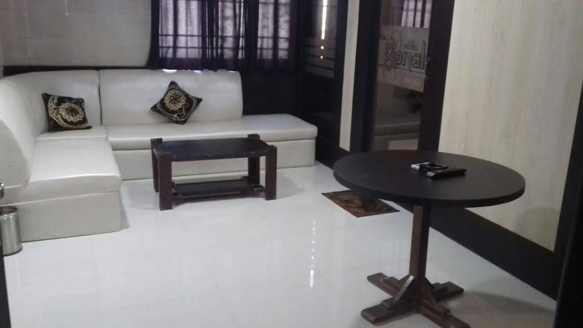 Hotel Sonali Regency in Bhopal