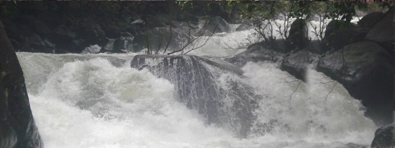 Sanakua Waterfall in Bhind