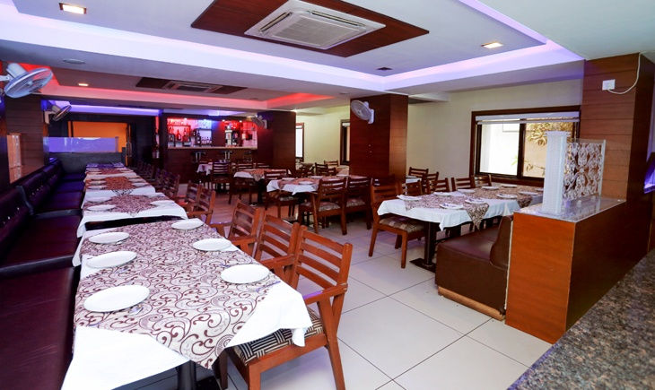 Fabhotel Kings Park Indore