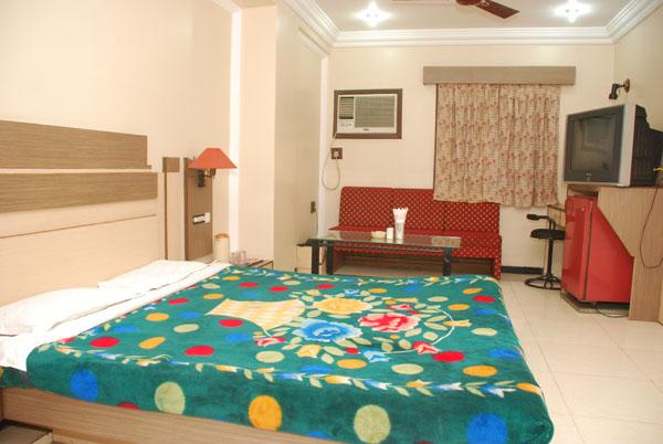 Hotel Omni Palace Indore