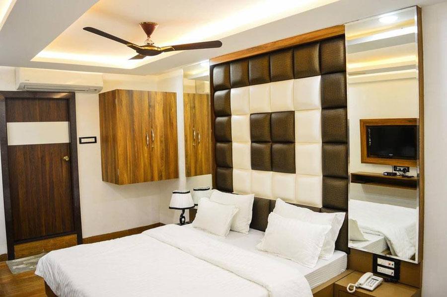 Hotel Rajnandani Residency Indore