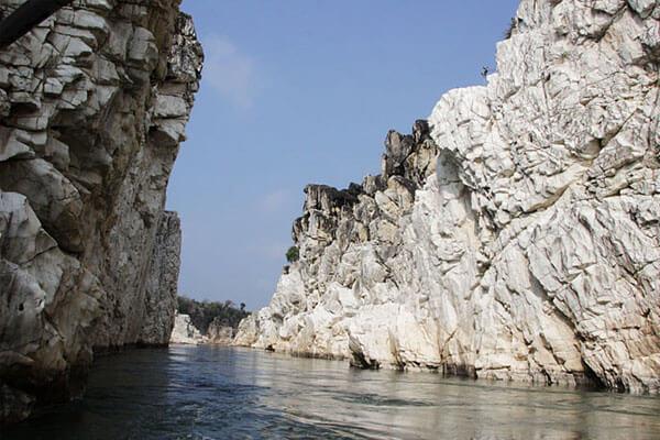 BhedaGhat - Marble Rocks