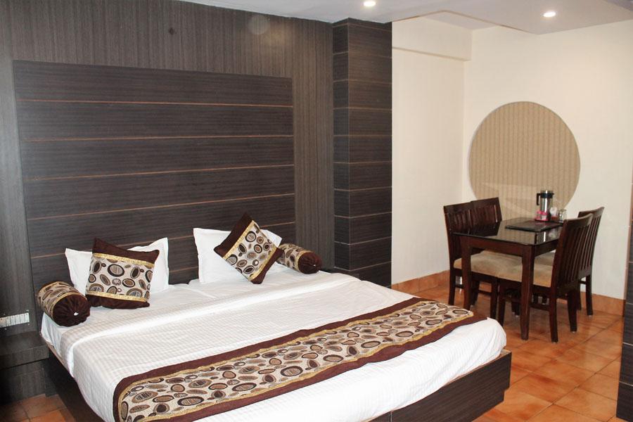 Hotel Roopali Jabalpur