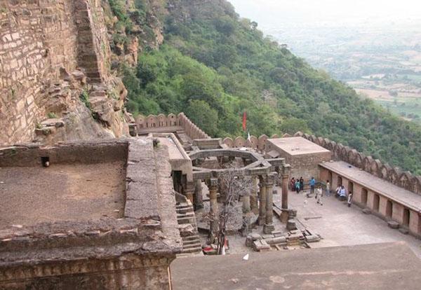 Kalinjar Fort Khajuraho