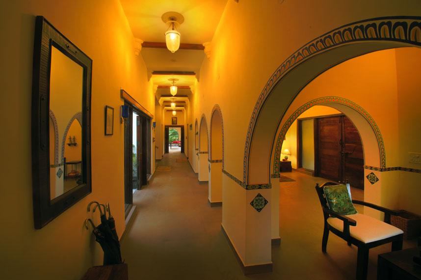Courtyard House Kanha