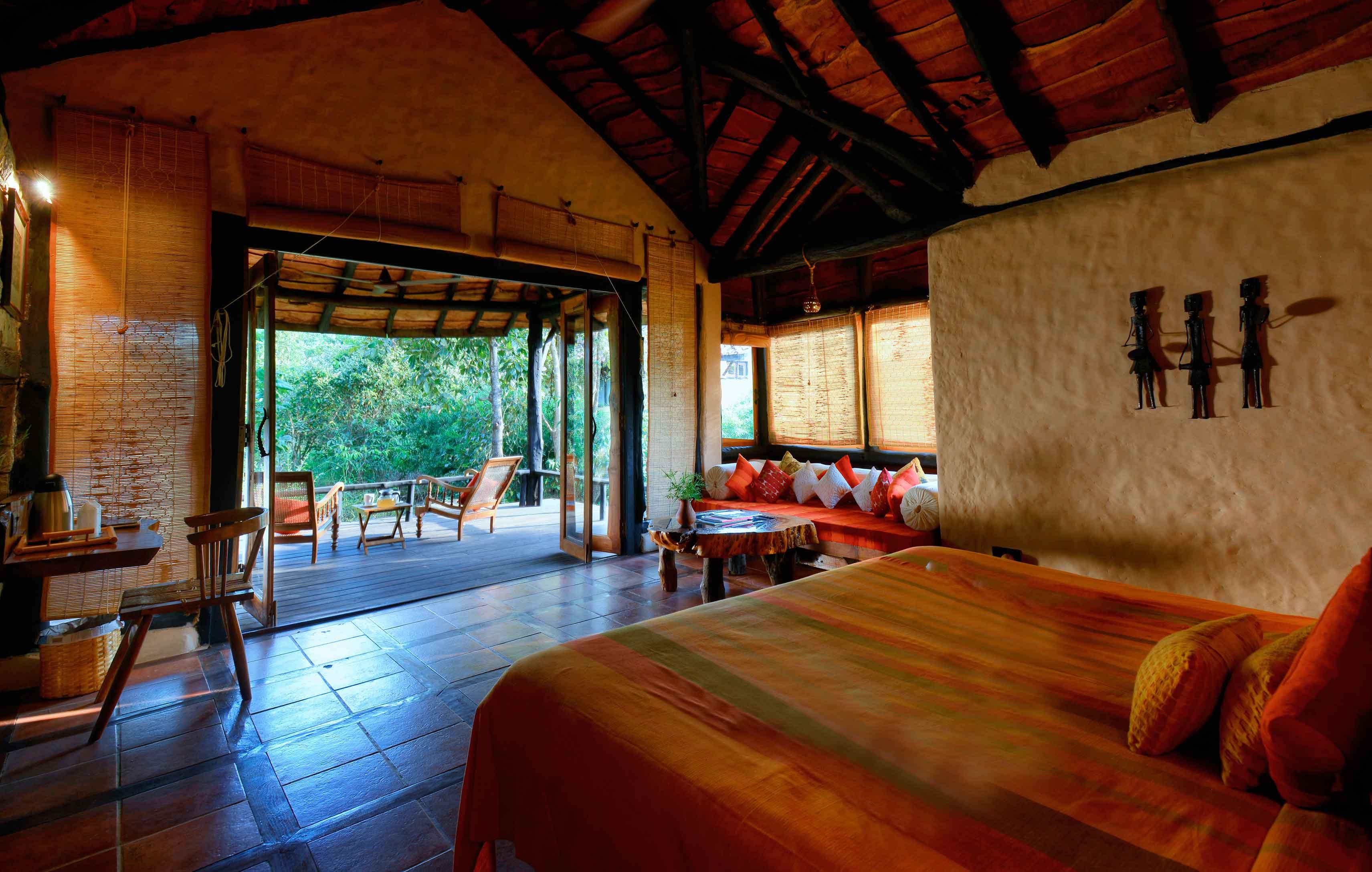 Kanha Earth Lodge