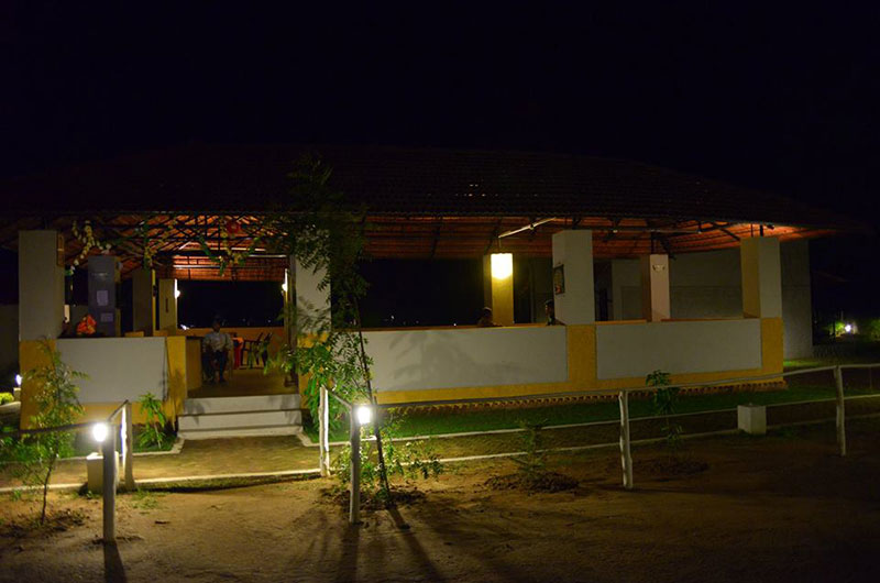 Kanha Kiskindha Hotel