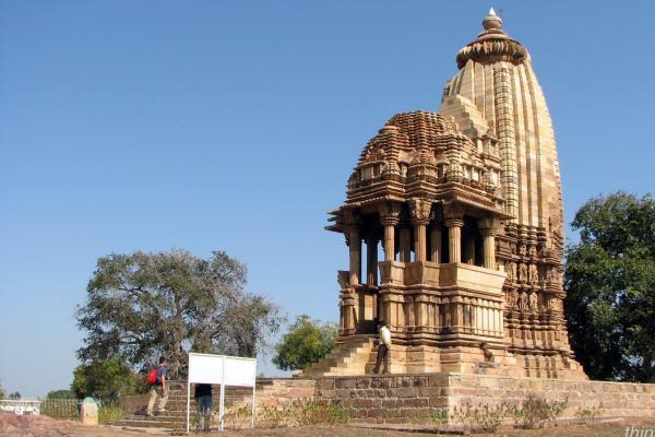 Chaturbhuja Temple khajuraho