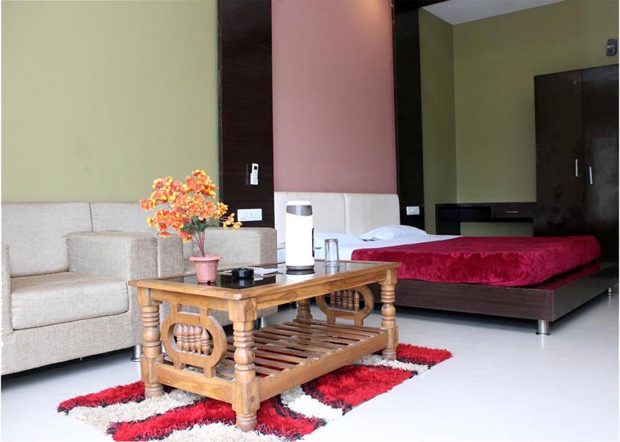 Jahaz Mahal Hotel Mandu
